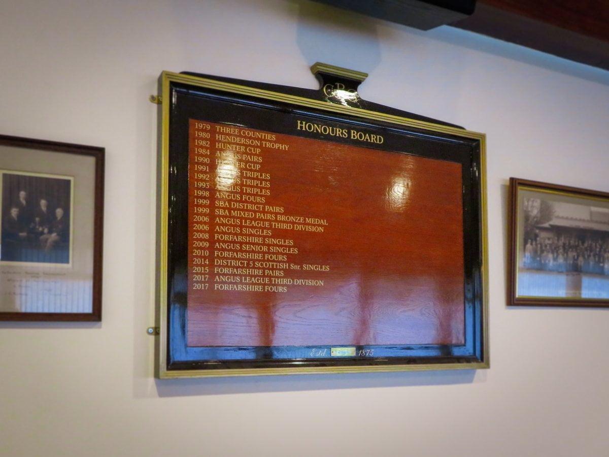Honours board lettering