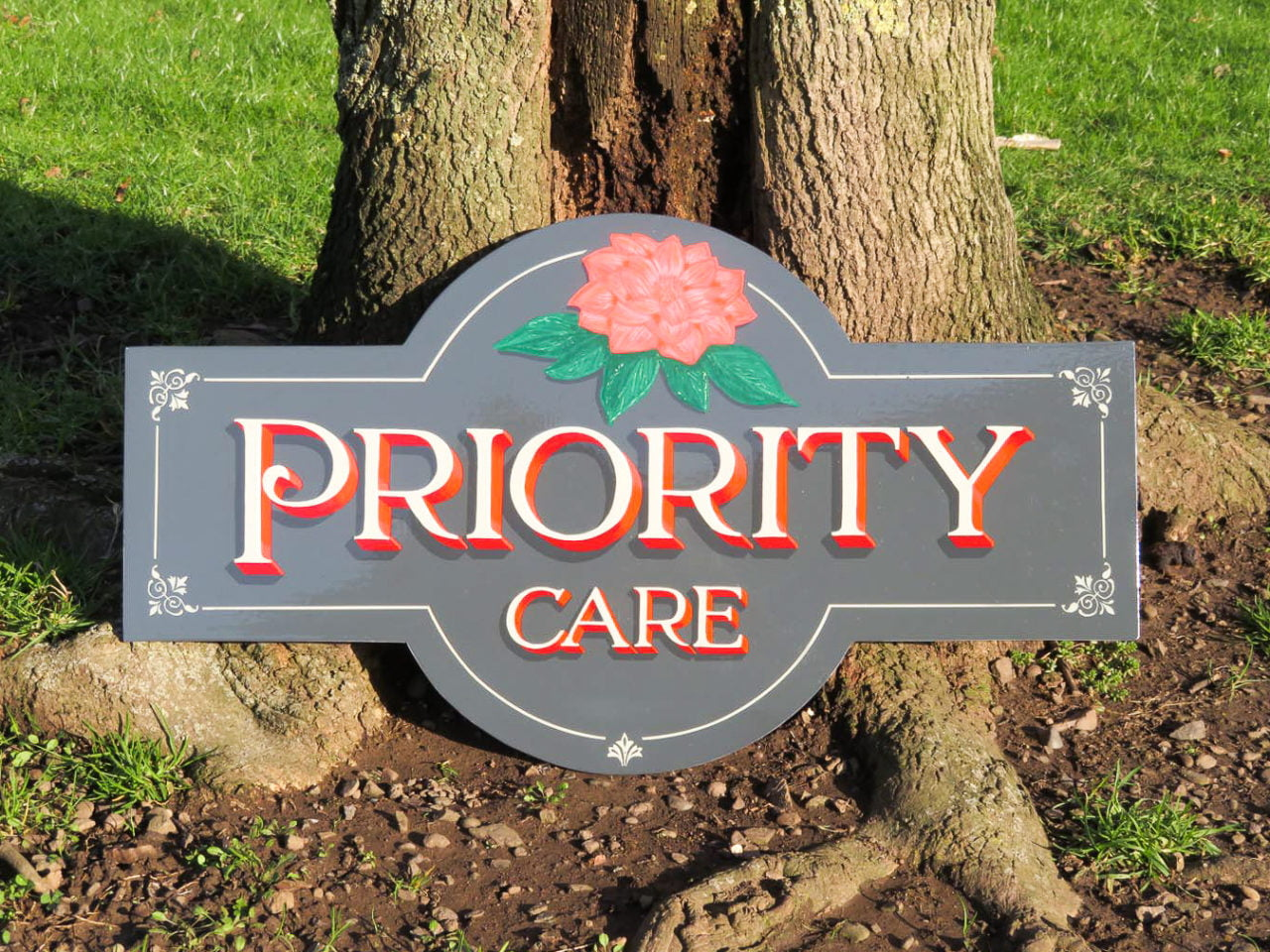 Hand lettered sign in sunny Dundee