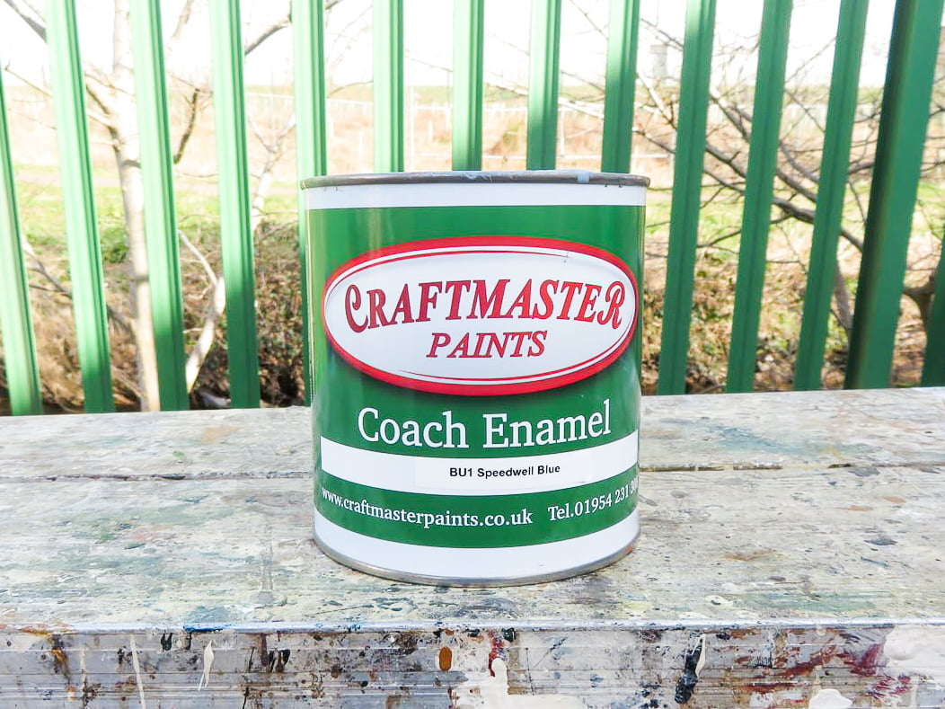 Coach painting service in Dundee