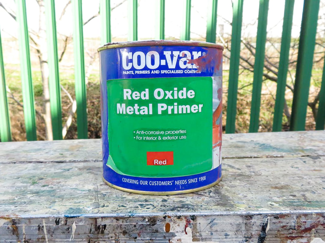 Which kind of paints do I use for painting metal?
