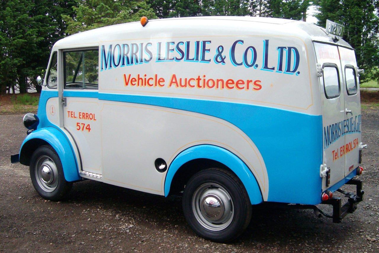 Vintage van signwriting Dundee